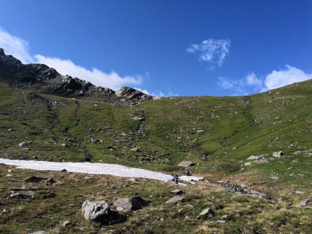 Schneefeld beim Aufstieg zum Faltschnaljöchl