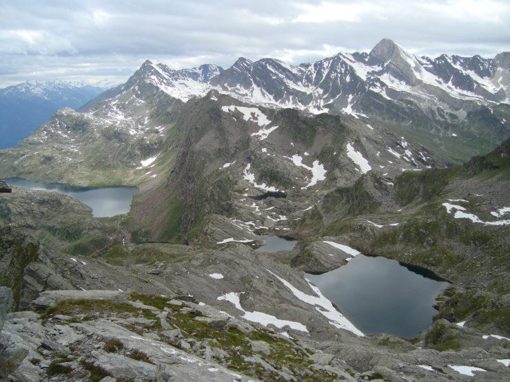 Aussicht vom Schwarzkopf Schwarzsee - Schiefersee - Kesselsee- Grünsee - Langsee - Milchseen