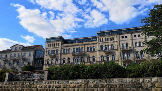 Bad Schandau - Hotel an der Elbe aus fünf verschiedenen Baustilen